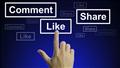 Sử dụng comment like seeding danh sách bài viết bằng nhiều tài khoản facebook